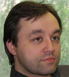 Дмитрий Леонов, один из ведущих российских экспертов по компьютерной безопасности, создатель сайта BugTraq.ru, один из авторов