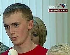 Сергей, студент из Саратова: Как вам удается совмещать две руководящие должности?