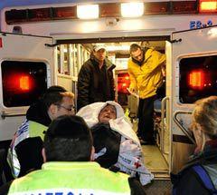 Спасенный пассажир аэробуса. Кликните, чтобы открыть галерею