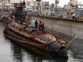 """Подводная лодка """"Запорожье"""" в марте 2009 года. Фото Евгения Сылкина."""