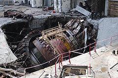Разрушенный второй гидроагрегат (кликните, чтобы открыть галерею)