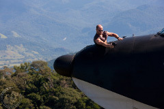 Джейсон Стэтхем в воздухе