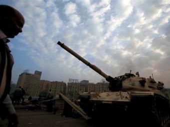 Танки в центре Каира Фото ©AP
