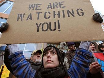 Акция протеста перед зданием сената в Висконсине. Фото ©AFP