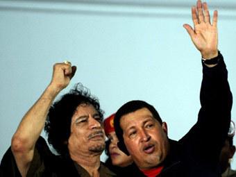 Муаммар Каддафи и Уго Чавес. Фото ©AFP