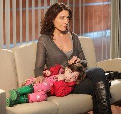 Лиза Кадди с приемной дочерью Рэйчел