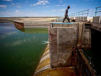 Кокаральская плотина. Фото ©AP