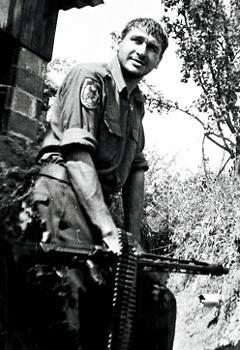 Марк Фейгин во время службы в Сербии. Фото с личной страницы в LiveJournal