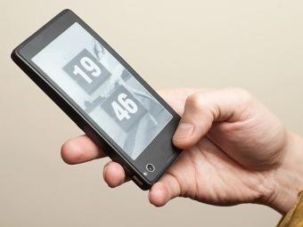 Yota Phone - первый смартфон с цветным экраном и E-Ink-дисплеем