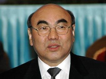 Аскар Акаев, Фото <a href=http://lenta.ru/info/afp.htm>(c)AFP</a>.