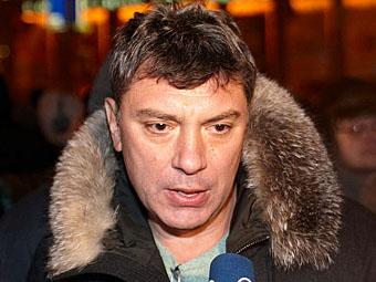 Борис Немцов. Фото Мити Алешковского для Ленты.Ру