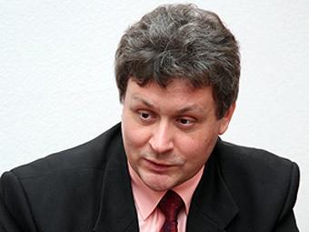 Виктор Травин. Фото с сайта litsa.ru.