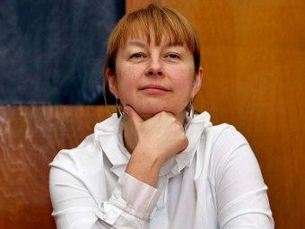Елена Вартанова. Фото с сайта vartanova.ru