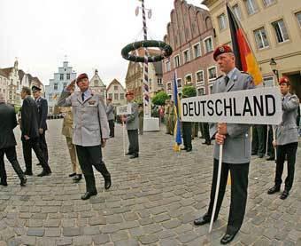Немецкая армия будет защищать чемпионат мира по футболу