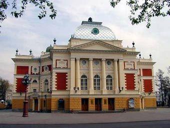 ...театр, фото с сайта irkutsk.ru.