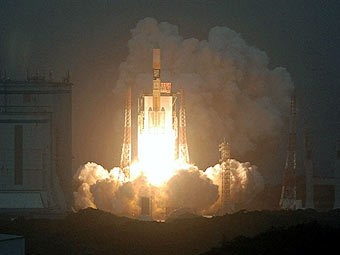 Старт ракеты H-2A с коммуникационным спутником KIZUNA. Фото AFP