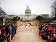 Антивоенная демонстрация возле Капитолия. Фото AFP