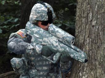 Американский боец с гранатометом XM-25. Фото с сайта defencetalk.com