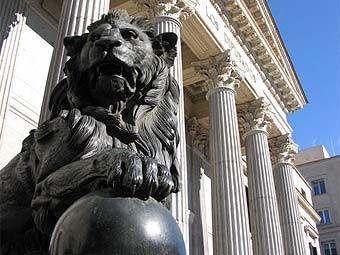 Здание парламента Испании. Фото FlickrLickr с сайта wikipedia.org