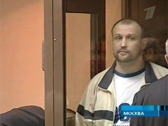 """...членам  """"орехово-медведковской """" преступной группировки, обвиняемым в..."""