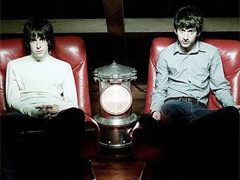 The Last Shadow Puppets записали мини-альбом для американцев