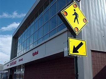 Сотрудник универмага Wal-Mart на Лонг-Айленде погиб в давке
