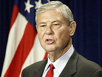 Председатель двухпартийной комиссии Боб Грэм. Фото ©AFP