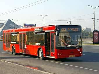 ...мэрия Казани объявила о денежном вознаграждении за данные о злоумышленниках, обстреливающих пассажирские автобусы...