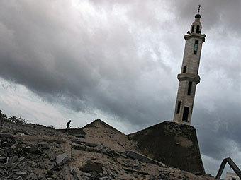 Разрушенная в результате бомбежек мечеть в секторе Газа. Фото ©AFP