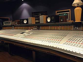 U2 приобретут студию в Лондоне
