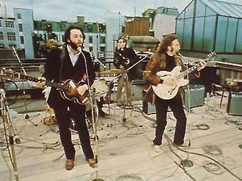 Полиция помешала отметить юбилей концерта The Beatles