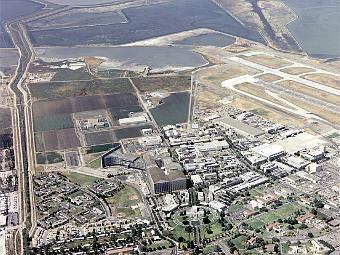 Исследовательский центр Амес с высоты птичьего полета. Фото NASA