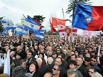 Акция оппозиции в Тбилиси 9 апреля 2009 года. Фото ©AFP.