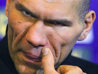 http://img.lenta.ru/news/2009/06/04/valuev/picture.jpg