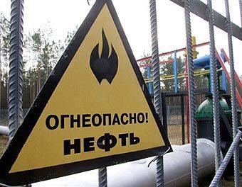 Белоруссия возобновила транспортировку нефти на запад.