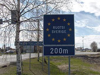 Знак на шведской границе. Фото Matthew Ross с сайта wikipedia.org