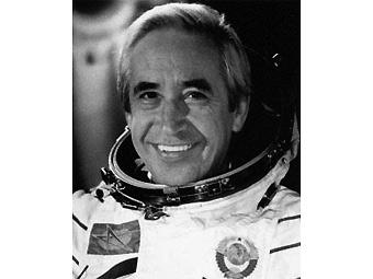Константин Феоктистов. Фото с сайта astronaut.ru