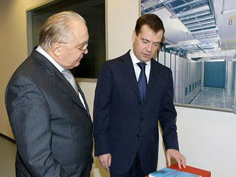 Виктор Садовничий и Дмитрий Медведев на встрече в МГУ. Фото пресс-службы президента России