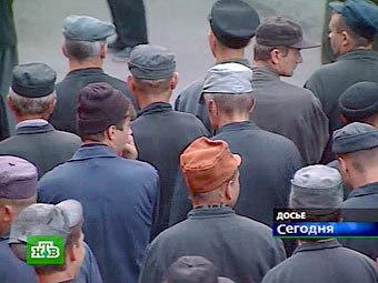 Заключенные в колонии. Кадр телеканала НТВ