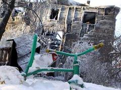 Лужков назвал сгоревшую дачу Муромцева бараком