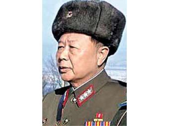 Северокорейский генерал лишился звезды за перестрелку в Желтом море