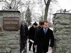 Медведев прочел всего Чехова еще в юности