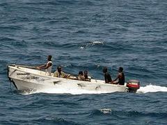 Сомалийские пираты захватили северокорейский сухогруз