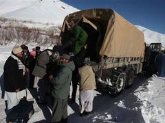 При сходе лавин в афганских горах погибли более 60 человек
