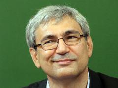 Орхан Памук напишет новый роман в Гоа