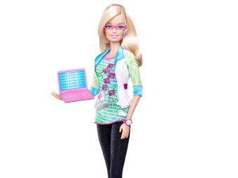 Барби стала компьютерщиком