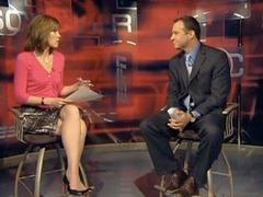 Американского радиоведущего наказали за сравнение коллеги с сосиской