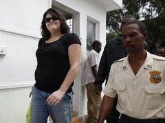 Одна из двух задержанных на Гаити миссионерок освобождена