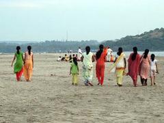Власти Гоа попросили туристов не разгуливать топлес