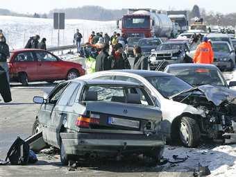 Авария на немецком автобане. Фото ©AP, архив